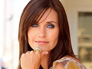 courtney cox botox, courtney cox looks young, courtney cox plastic surgery, courtney cox skincare, celebrity gossip, celebrity plastic surgery, entertainment, beauty
